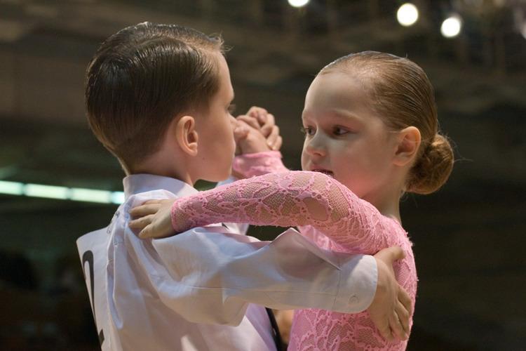 админтстратор танцев в трехгорке Украине